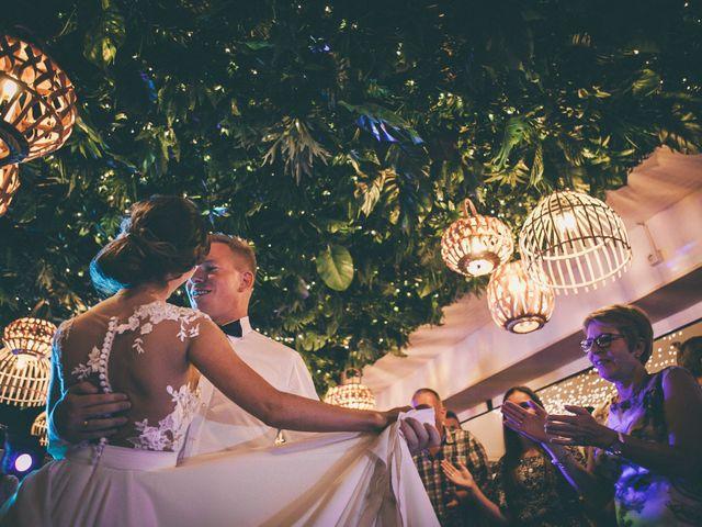 La boda de Ronni y Tetiana en Chiclana De La Frontera, Cádiz 33