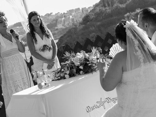 La boda de Miguel y Maria en Almuñecar, Granada 39