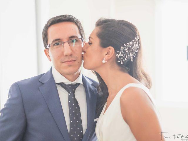 La boda de Gogui y Isa en Oleiros, A Coruña 16