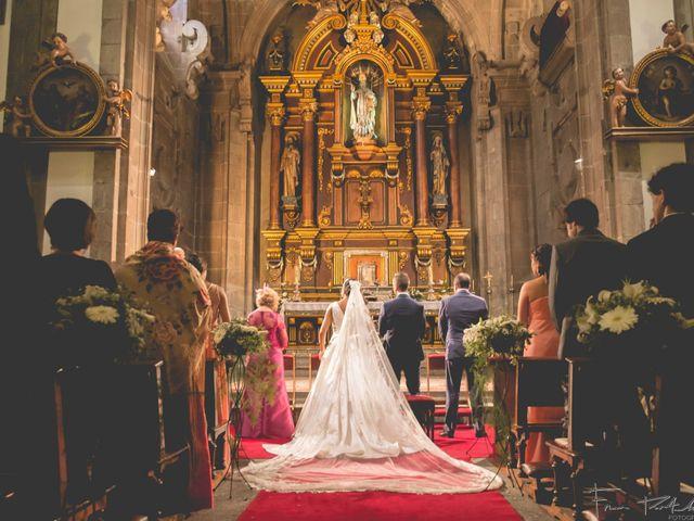 La boda de Gogui y Isa en Oleiros, A Coruña 34