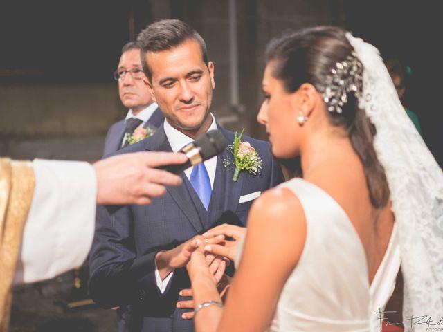 La boda de Gogui y Isa en Oleiros, A Coruña 36