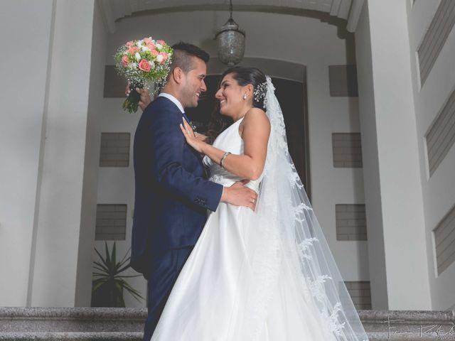 La boda de Gogui y Isa en Oleiros, A Coruña 60