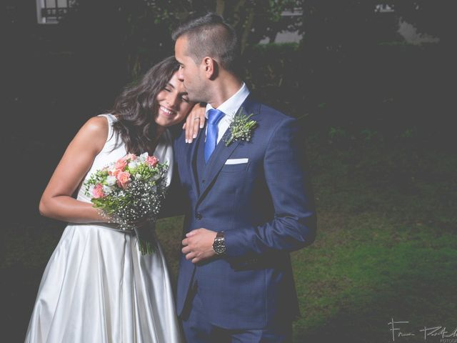 La boda de Gogui y Isa en Oleiros, A Coruña 61