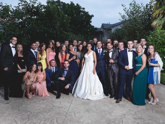 La boda de Gogui y Isa en Oleiros, A Coruña 64