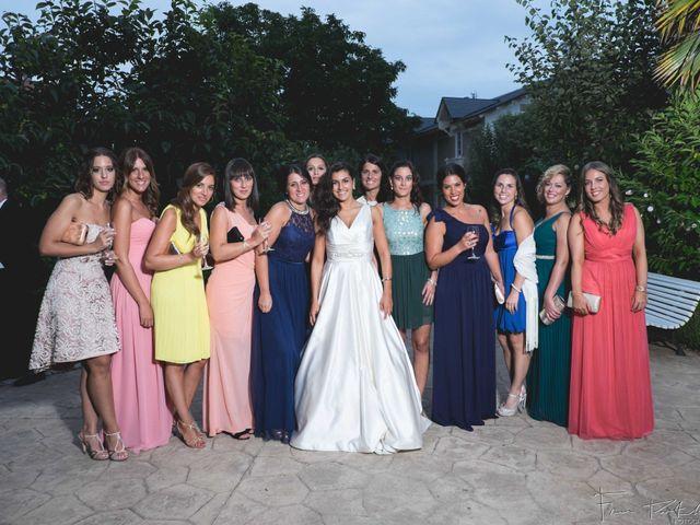 La boda de Gogui y Isa en Oleiros, A Coruña 65