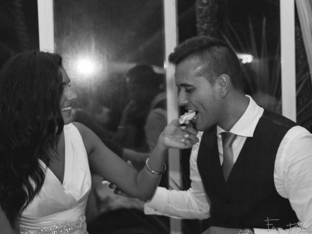 La boda de Gogui y Isa en Oleiros, A Coruña 72