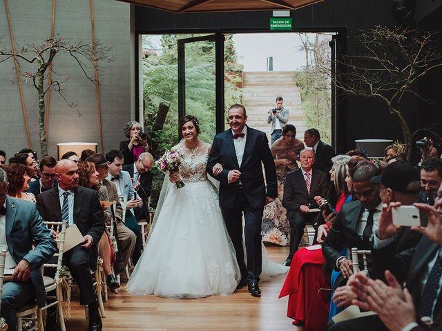 La boda de Dani y Nuria en Oleiros, A Coruña 15