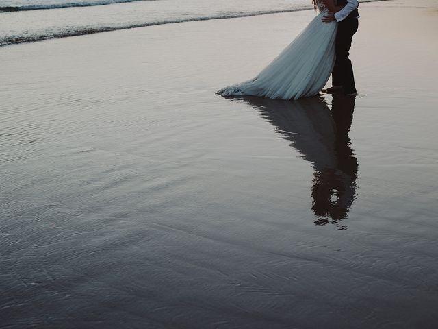 La boda de Dani y Nuria en Oleiros, A Coruña 43