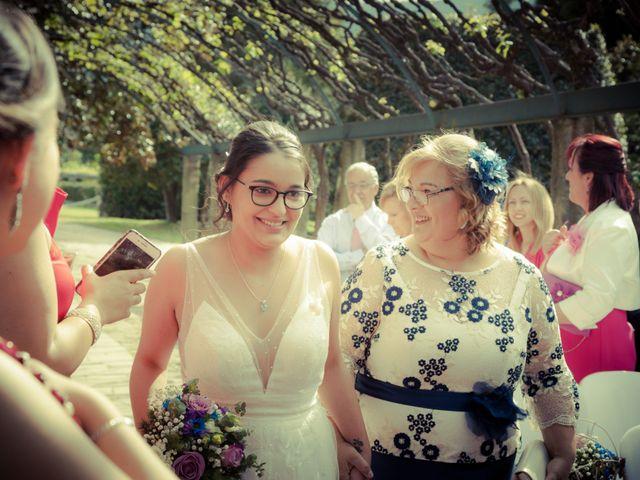 La boda de Nuria y Cris en Redondela, Pontevedra 16