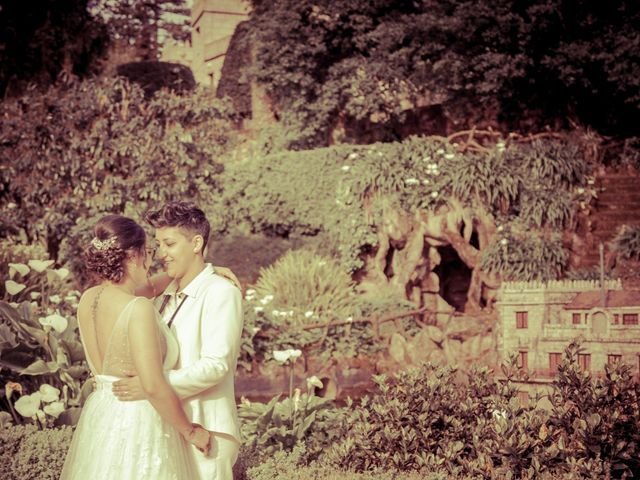 La boda de Nuria y Cris en Redondela, Pontevedra 30