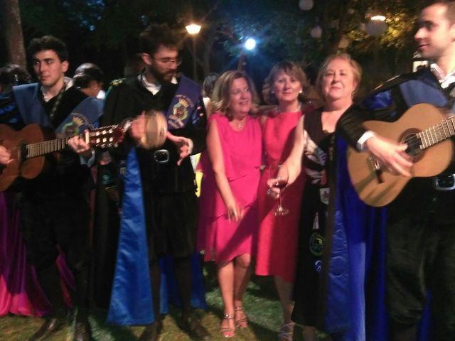 La boda de Victor y Luciana en Granada, Granada 2