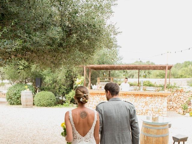La boda de Lewis y Nikki en Sant Lluís, Islas Baleares 26
