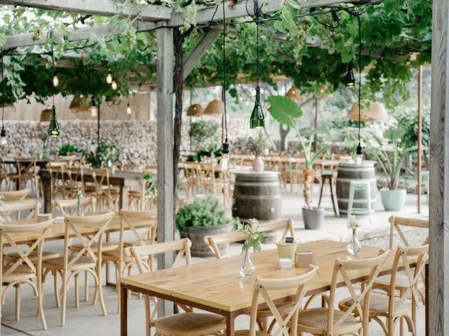 La boda de Lewis y Nikki en Sant Lluís, Islas Baleares 34