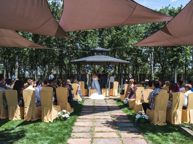 La boda de Javier y Irene en Cardeñajimeno, Burgos 15