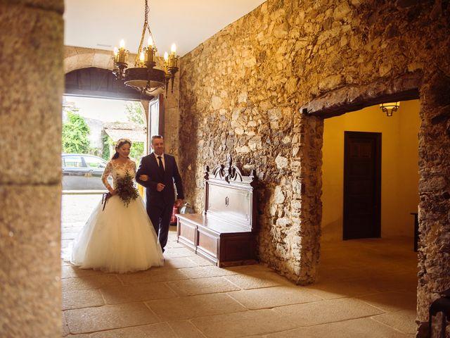 La boda de Adrián y Ying en San Tirso (Mens), A Coruña 14