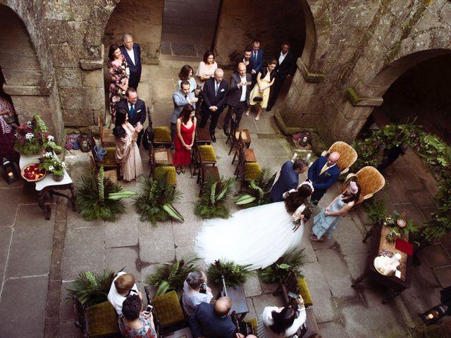 La boda de Adrián y Ying en San Tirso (Mens), A Coruña 16