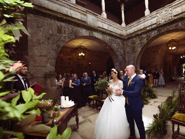 La boda de Adrián y Ying en San Tirso (Mens), A Coruña 20