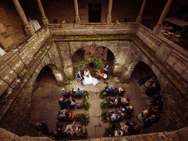 La boda de Adrián y Ying en San Tirso (Mens), A Coruña 23