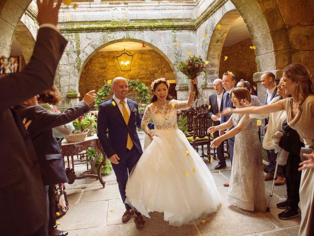 La boda de Adrián y Ying en San Tirso (Mens), A Coruña 24