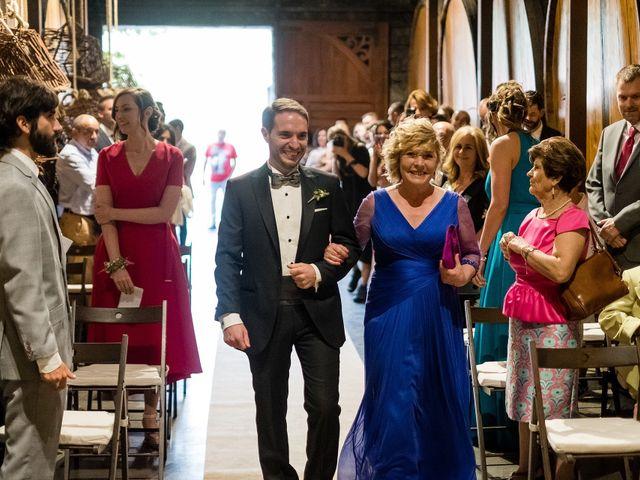 La boda de Marcos y Nuria en Gijón, Asturias 24