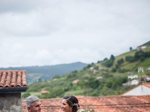 La boda de Marcos y Nuria en Gijón, Asturias 26