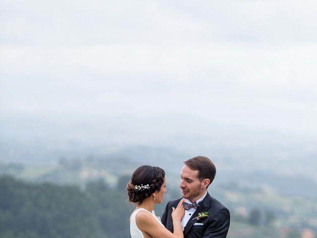 La boda de Marcos y Nuria en Gijón, Asturias 45