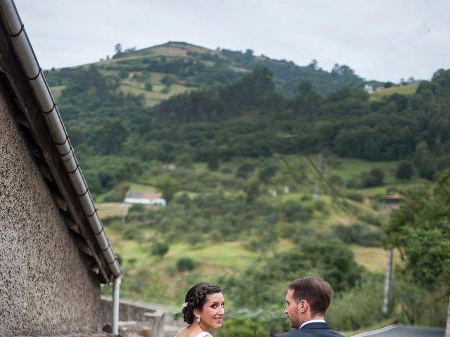 La boda de Marcos y Nuria en Gijón, Asturias 51
