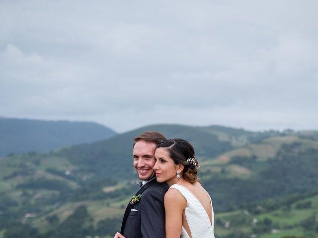 La boda de Marcos y Nuria en Gijón, Asturias 53