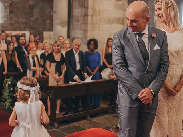 La boda de Francesco y Maritxell en Terrassa, Barcelona 16