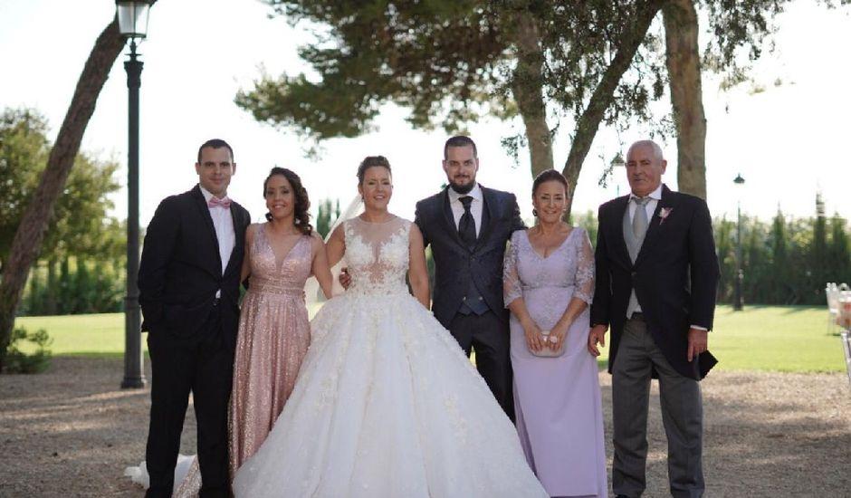 La boda de Antonio y Carolina en Sanlucar De Barrameda, Cádiz