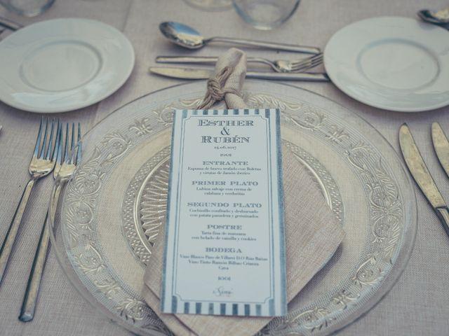 La boda de Rubén y Esther en Aldea Del Fresno, Madrid 18