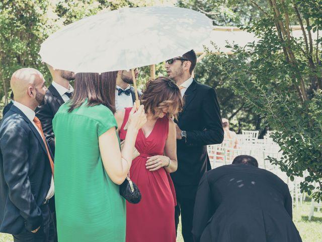 La boda de Rubén y Esther en Aldea Del Fresno, Madrid 56