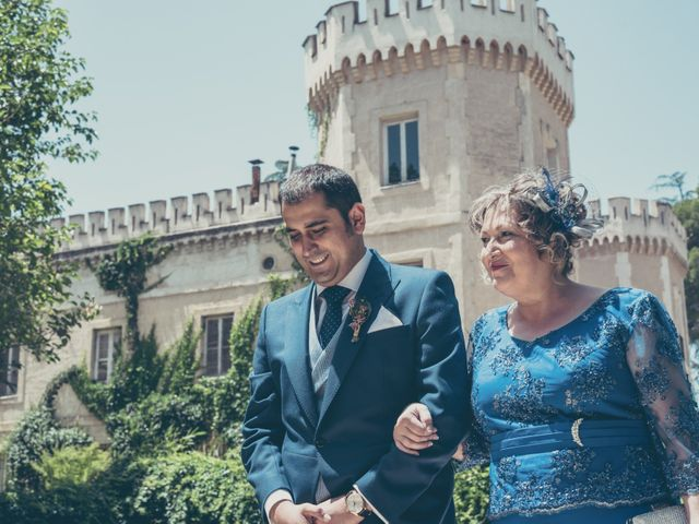 La boda de Rubén y Esther en Aldea Del Fresno, Madrid 61
