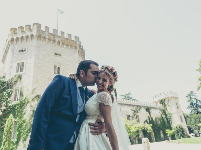 La boda de Rubén y Esther en Aldea Del Fresno, Madrid 79
