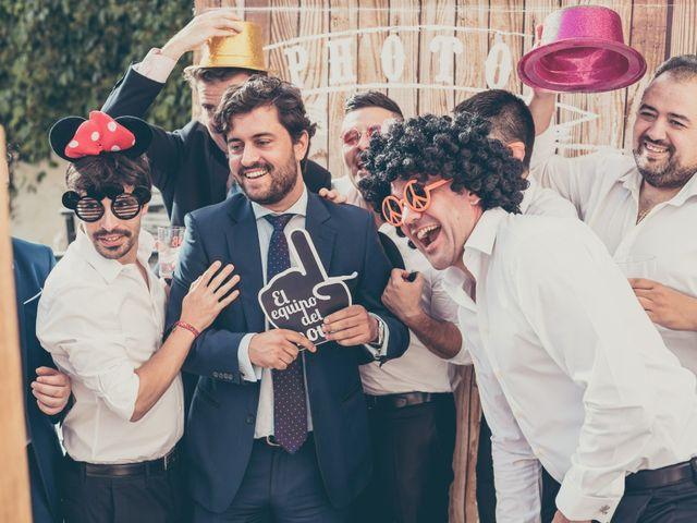 La boda de Rubén y Esther en Aldea Del Fresno, Madrid 110
