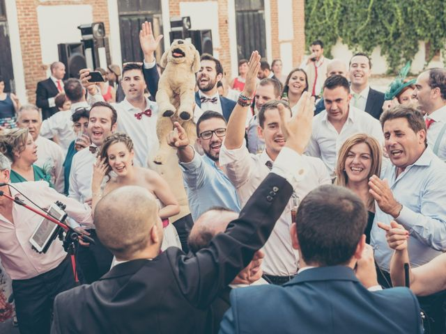 La boda de Rubén y Esther en Aldea Del Fresno, Madrid 113