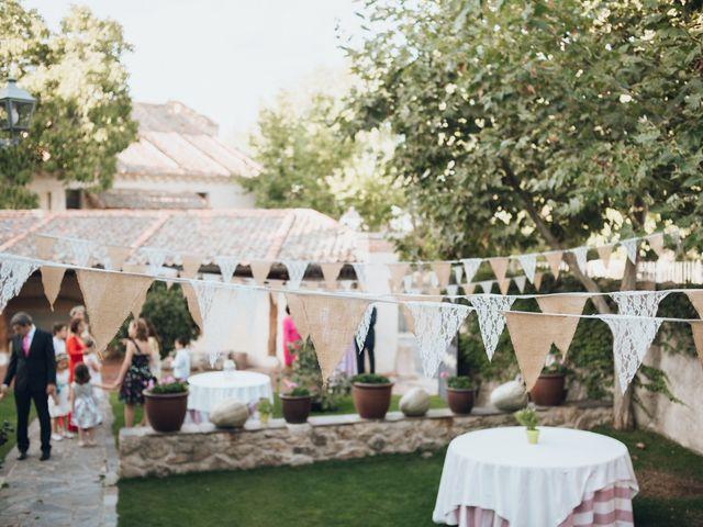 La boda de Jorge y Cristina en Torrecaballeros, Segovia 33