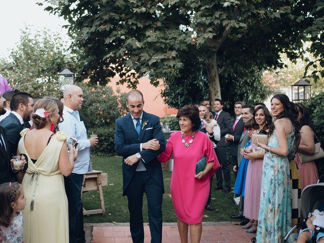 La boda de Jorge y Cristina en Torrecaballeros, Segovia 73