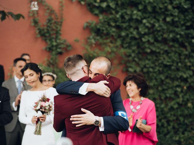 La boda de Jorge y Cristina en Torrecaballeros, Segovia 40