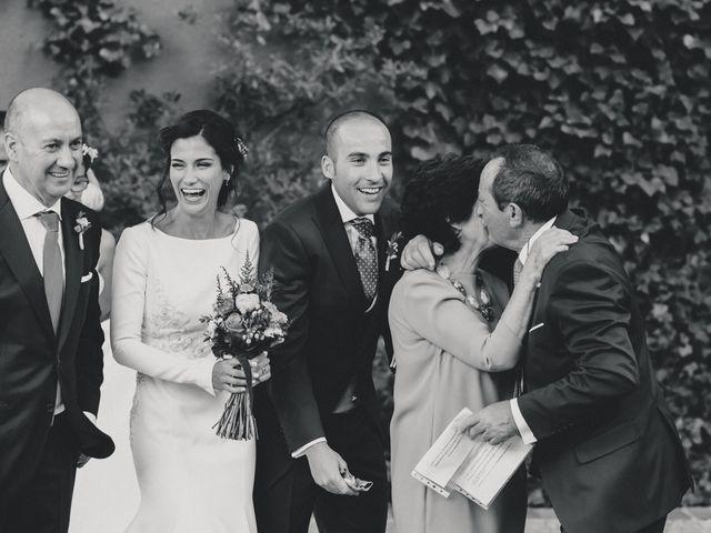 La boda de Jorge y Cristina en Torrecaballeros, Segovia 92