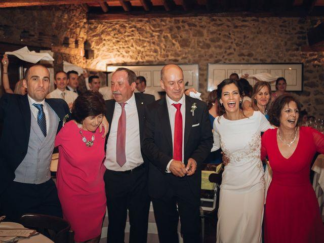La boda de Jorge y Cristina en Torrecaballeros, Segovia 128