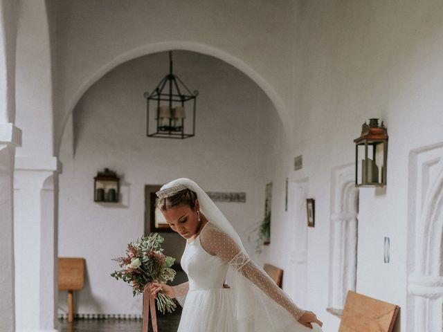 La boda de Gonzalo y Claudia en Guadalupe, Cáceres 12