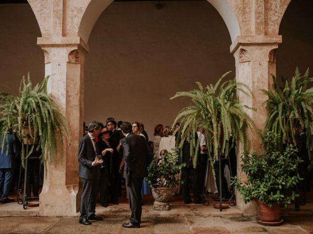 La boda de Gonzalo y Claudia en Guadalupe, Cáceres 24