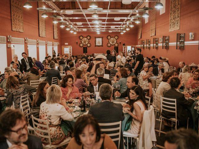 La boda de Gonzalo y Claudia en Guadalupe, Cáceres 28