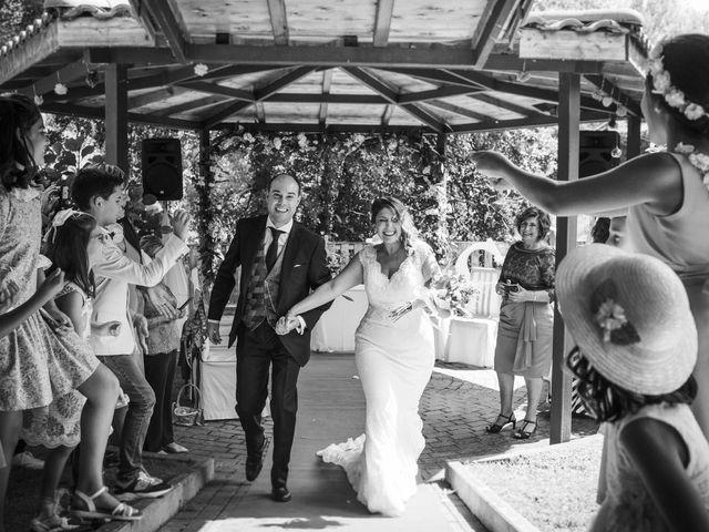 La boda de Gonzalez y Lourdes  en Llodio, Álava 2