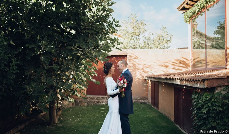 La boda de Jorge y Cristina en Torrecaballeros, Segovia