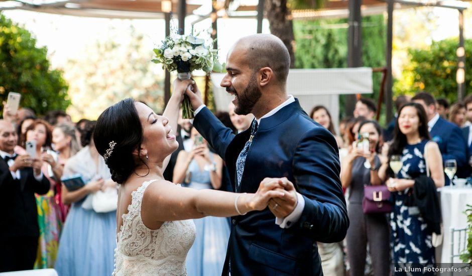 La boda de Adrian y Lina en Bétera, Valencia
