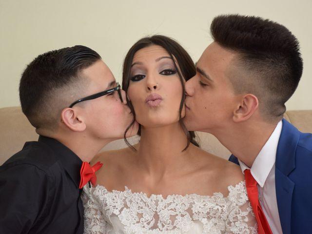 La boda de Victor y Noelia en Puertollano, Ciudad Real 25