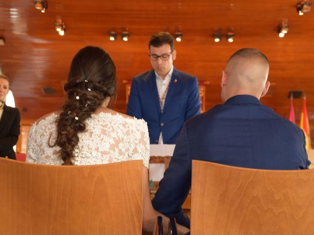 La boda de Victor y Noelia en Puertollano, Ciudad Real 29