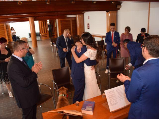 La boda de Victor y Noelia en Puertollano, Ciudad Real 32